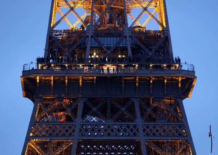 Paris.TourEiffel2