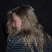 retrahere hache retrato portrait helena sanchez iciar sadaba