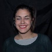 retrahere hache retrato portrait helena sanchez Laura morales