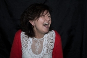 retrahere hache retrato portrait helena sanchez